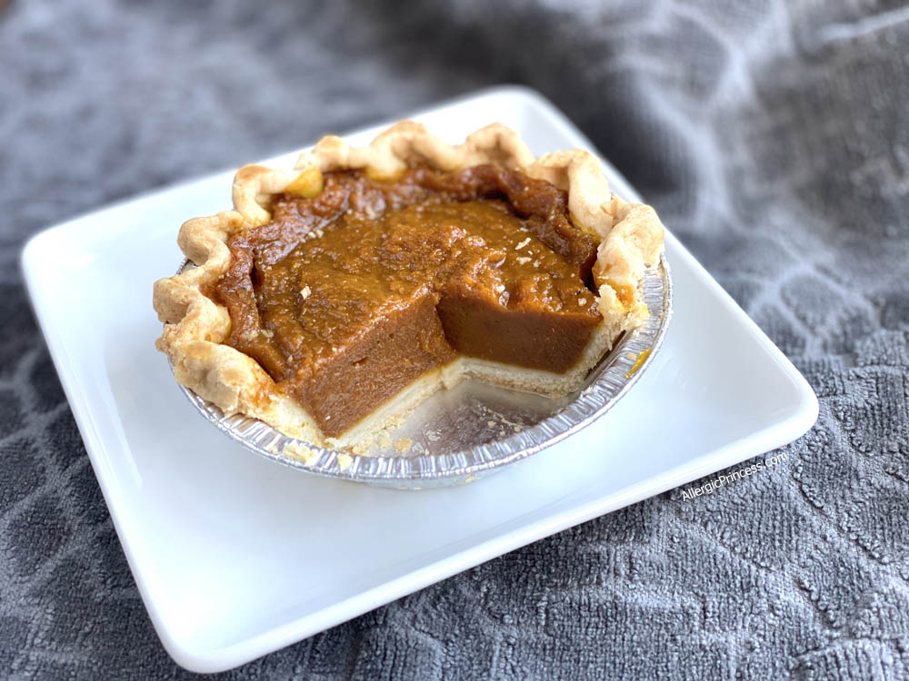 dairy-free pumpkin pie from Organic Bread of Heaven