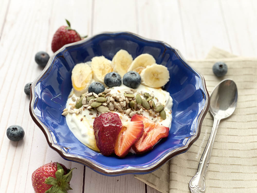 Nut-free Greek Yogurt Bowl with Gerbs Super 7 Seed Mix